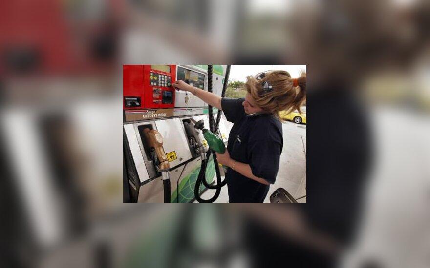 benzinas, degalinė