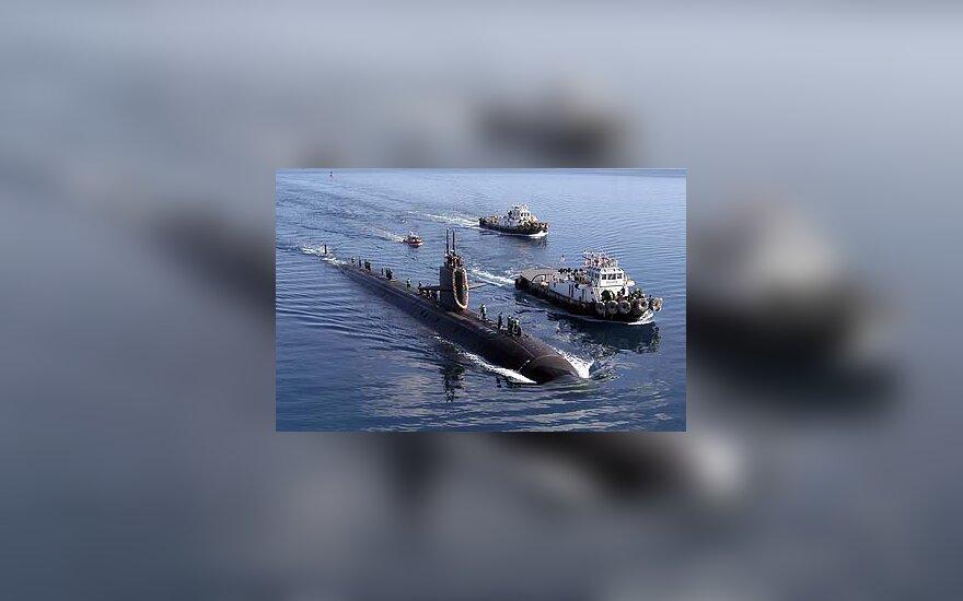 Ant seklumos užplaukęs JAV povandeninis laivas