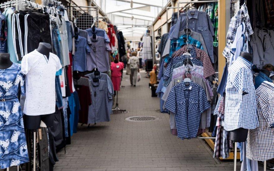 Drabužių prekeiviai Kalvarijų turguje