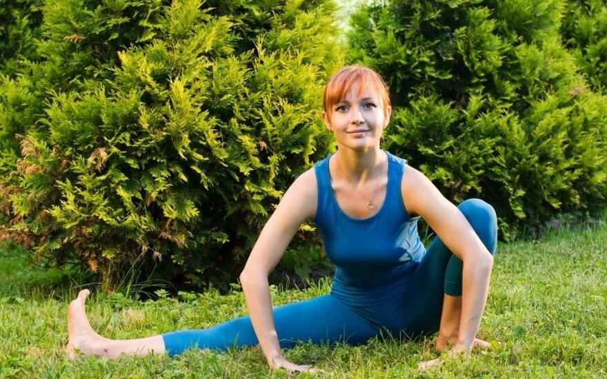 Ryto mankšta: kalanetikos pratimai, padėsiantys numalšinti kaklo ir nugaros skausmus