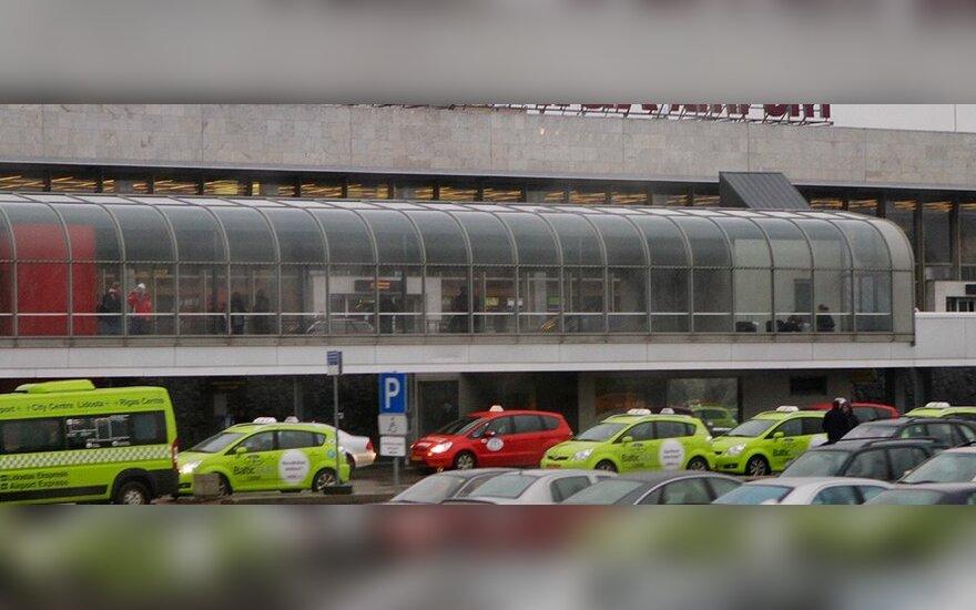Padėtis Rygos oro uoste stabilizavosi, tačiau kai kurie skrydžiai vėluoja