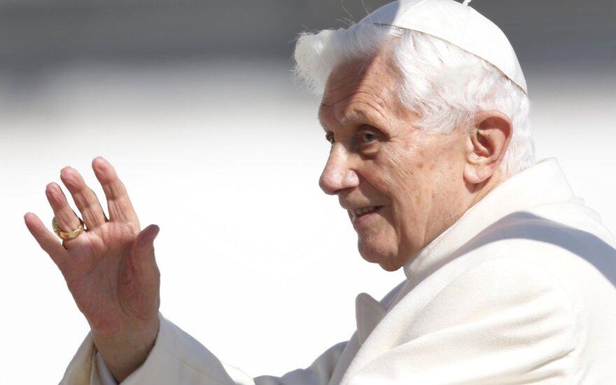 Vatikane gyvenantis popiežius emeritas Benediktas XVI ilgisi gimtosios Bavarijos