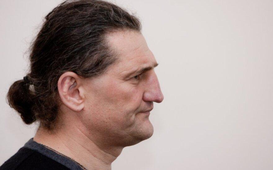 Teismas palaidojo H.Daktaro viltis išeiti į laisvę