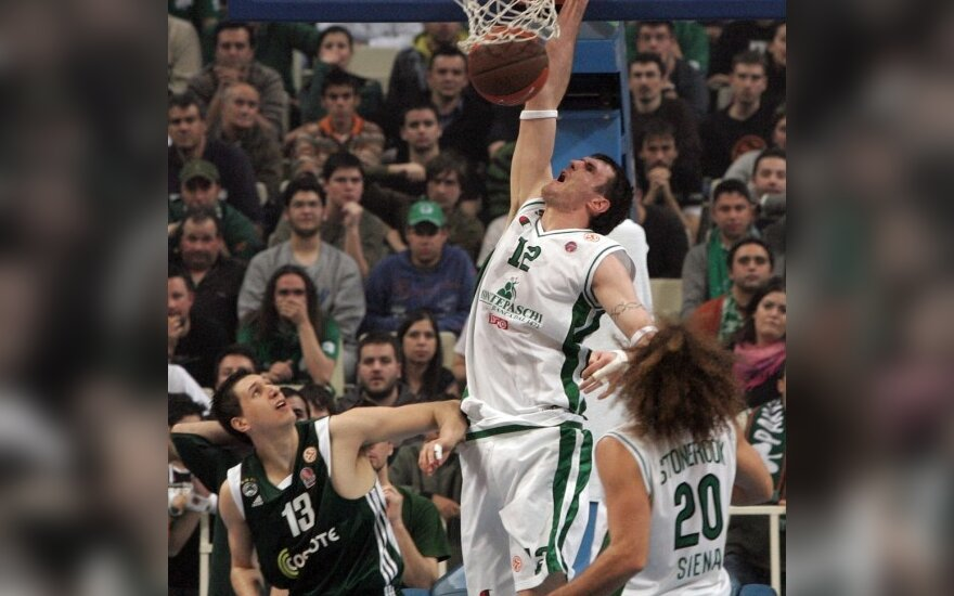 """K.Lavrinovičius grįžo į aikštelę, o """"Montepaschi"""" atsirevanšavo """"Panathinaikos"""" klubui"""