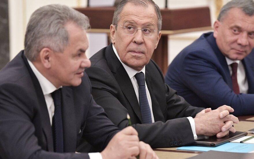Sergejus Šoigu, Sergejus Lavrovas