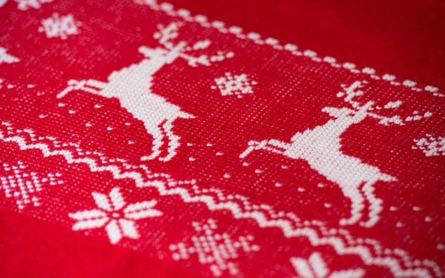 Dar yra laiko numegzti vyrui <em>kalėdinį</em> megztinį!