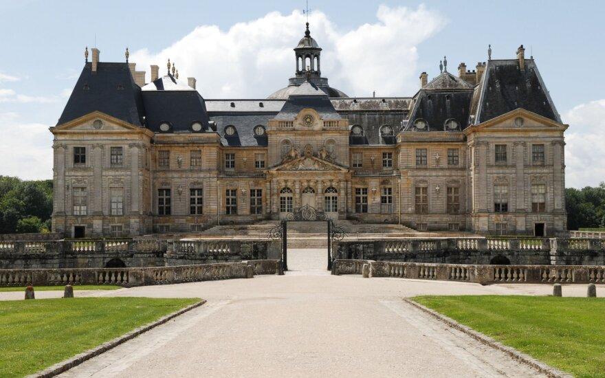 Vagys apiplėšė prabangius XVII amžiaus rūmus, išsinešė vertybių už 2 mln. eurų