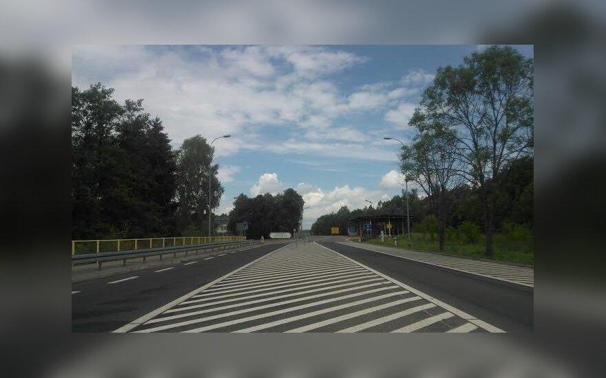 4 eismo juostos Lietuvą ir Lenkija sujungs 2022 metais