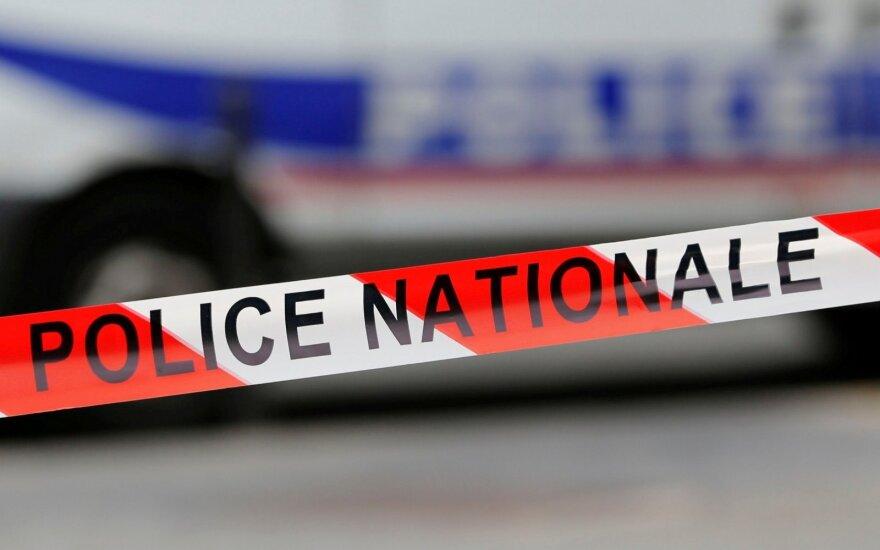 Diunkerko ligoninėje moteris grasino susprogdinti bombą