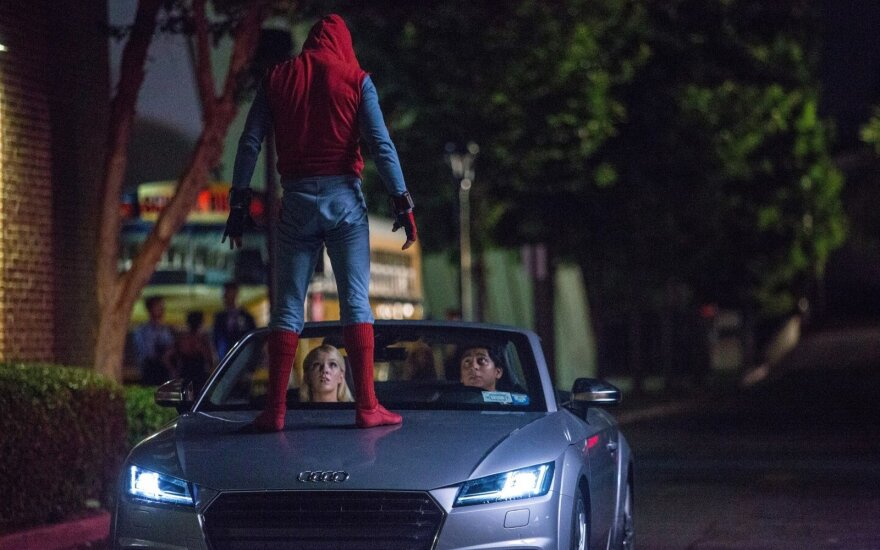 """Žmogus-voras pats vairuos """"Audi TTS Roadster"""""""