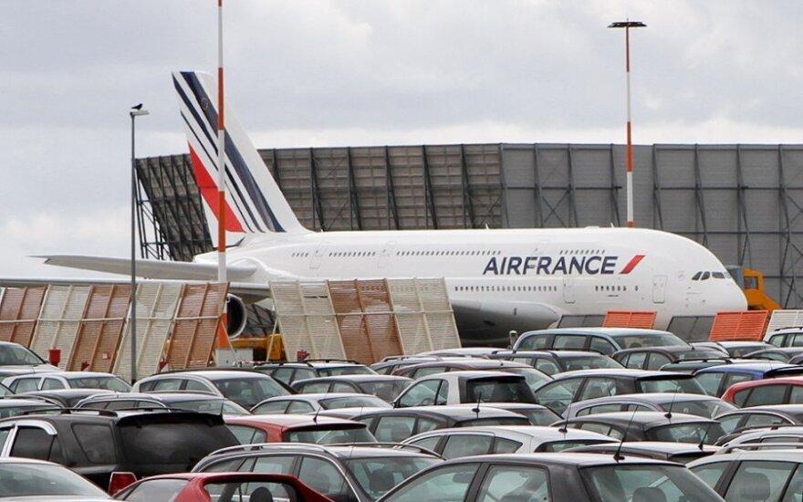 """""""Air France"""" panaikins 5 tūkst. darbo vietų"""