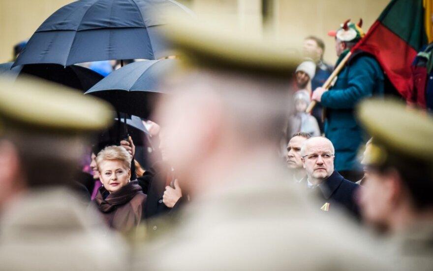 Socdemai pyktelėjo ant D. Grybauskaitės: o kaip elgiasi ji pati?