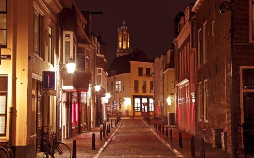 Revoliucinė idėja: Utrechtas stokojantiems žada mokėti pinigų nepriklausomai nuo jų pajamų
