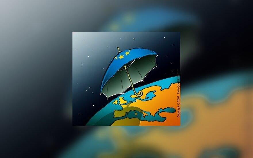 Apklausa: politikos reikaluose iš europarlamentarų kompetentingiausias V.Landsbergis, ekonomikoje - Z.Balčytis ir V.Uspaskichas