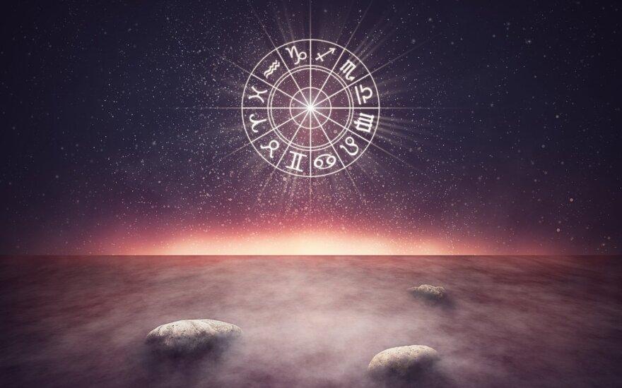 Astrologės Lolitos prognozė spalio 16 d.: diena, kai nevertėtų skubėti