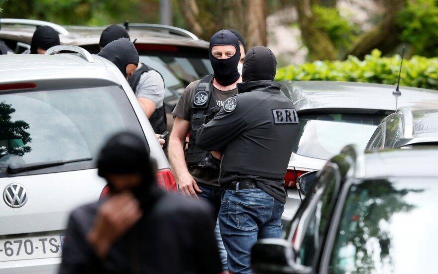 Prancūzijos policija dėl sprogimo Lione areštavo tris asmenis