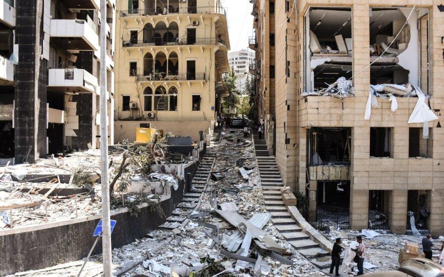 Libano prezidentas: sprogimą Beiruto uoste galėjo sukelti aplaidumas arba raketų ataka