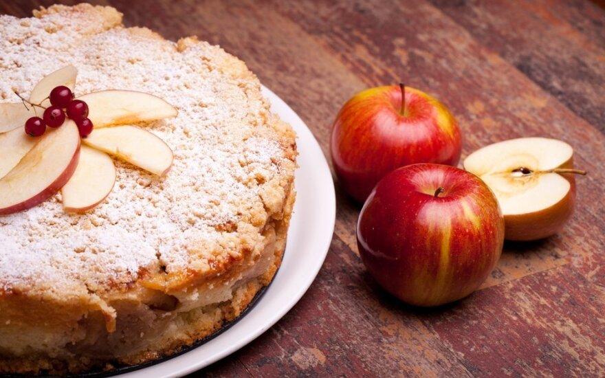 Skanėstai iš obuolių: 3 originalūs receptai