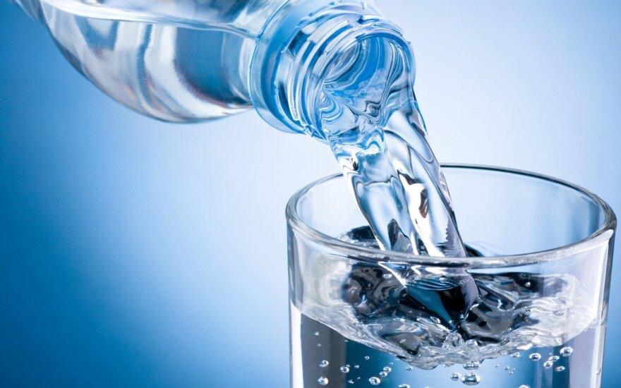 Požymiai, kad organizmui būtinai reikia daugiau vandens
