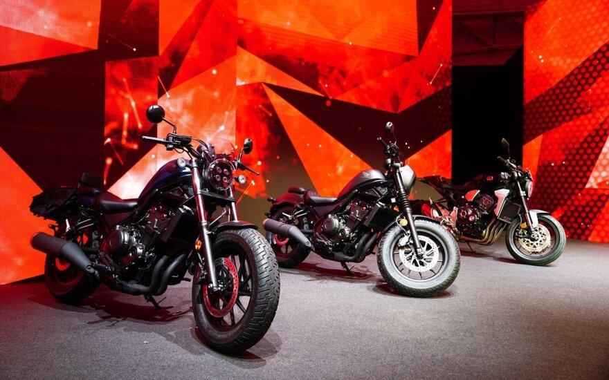 """""""Honda"""" pristatė 2020 metų motociklų gamą"""