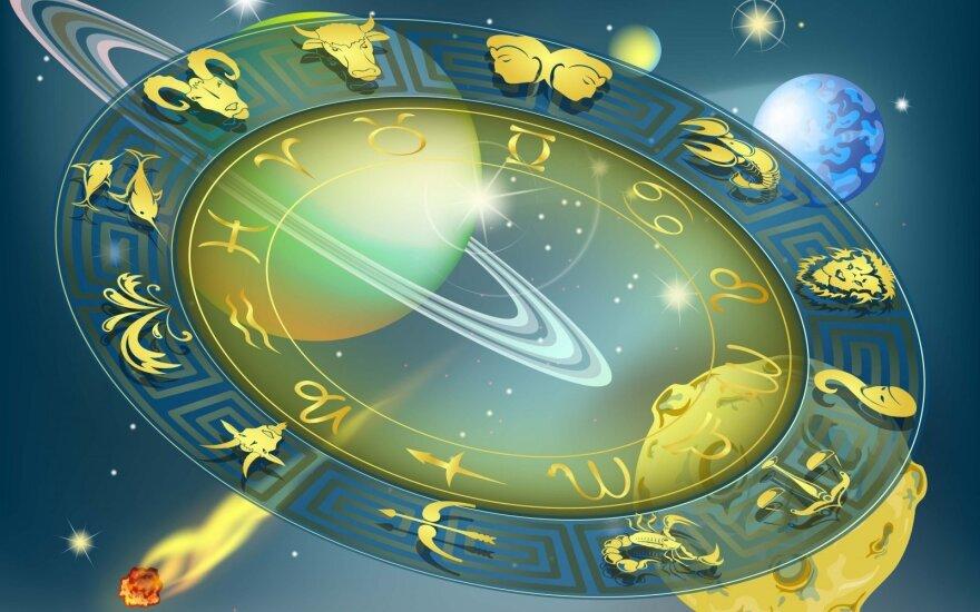 Astrologės Lolitos prognozė spalio 11 d.: stiprių jausmų diena