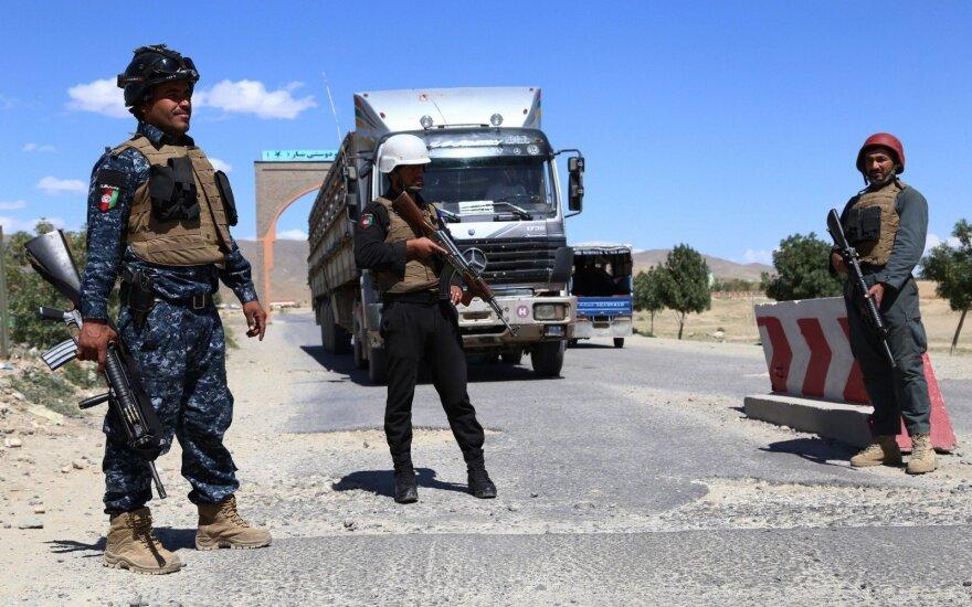 Talibanas neigia vedantis slaptas derybas su Afganistano vyriausybe