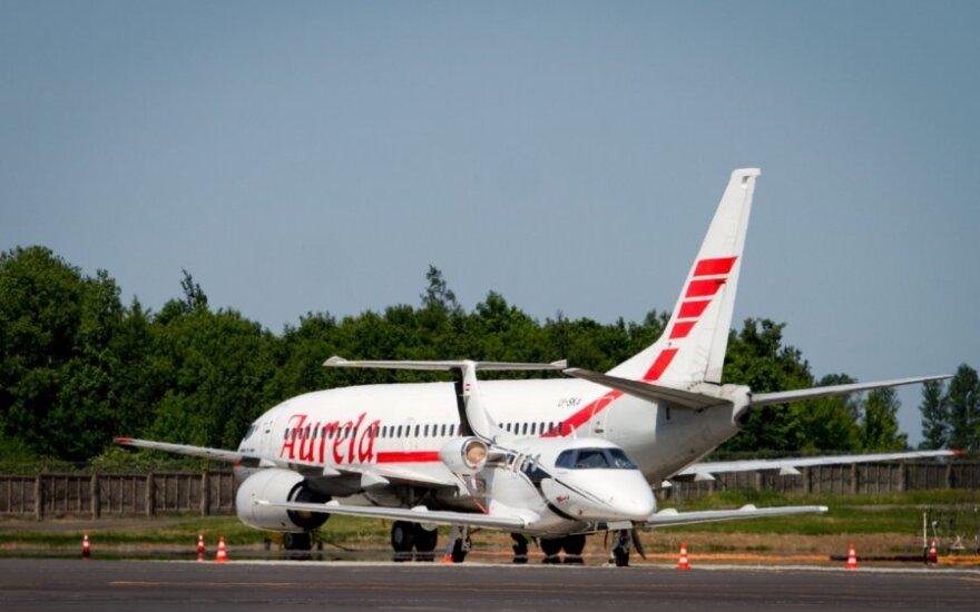 """Po incidento """"Monarch Airlines"""" atsisakė """"Aurelos"""" paslaugų"""