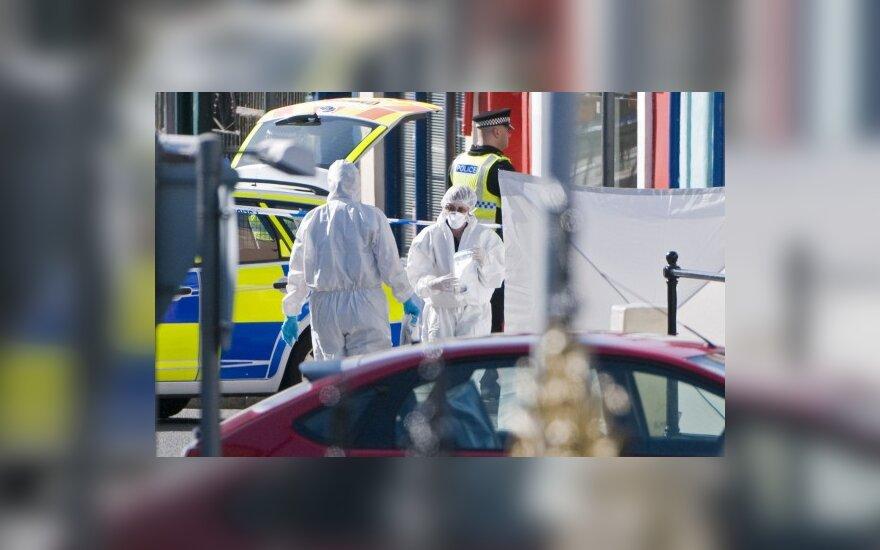 Britanijos Ežerų krašte siautėjęs taksistas nušovė 11 žmonių, dar 25 sužeidė ir pats nusišovė