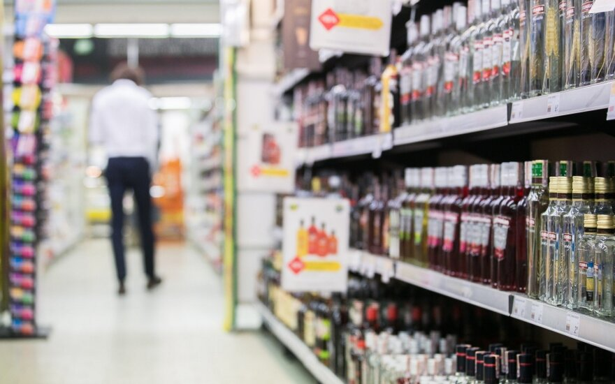 Lithuanian stores to demand IDs from all alcohol buyers