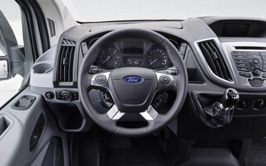 """""""Ford"""" atšaukia 1,4 mln. automobilių"""
