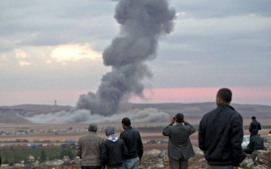 Sirijos režimo pajėgų smūgiai nusinešė 20 civilių gyvybių