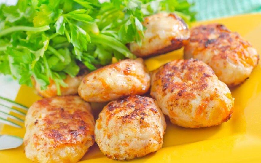 SKANIEJI bulvių ir žuvies kotletukai