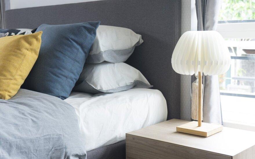 9 daiktai, kurių nerekomenduojama laikyti po lova