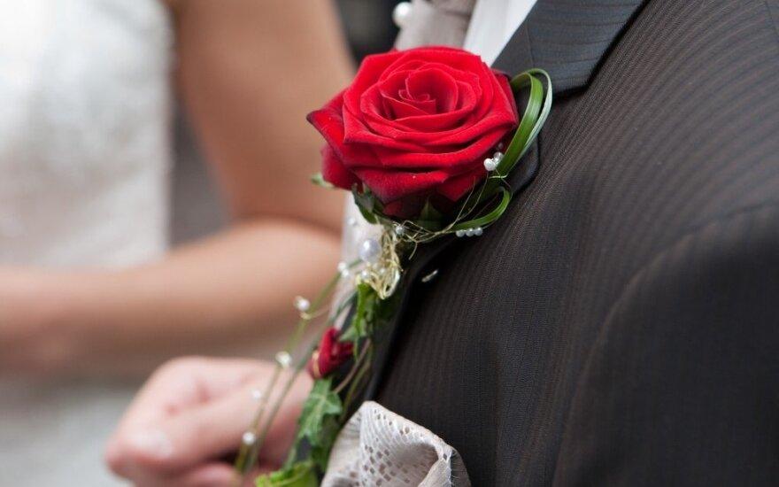 Turėjau merginą-barakudą – nunešęs jai rožę, iš sielvarto pradėjau drebėti
