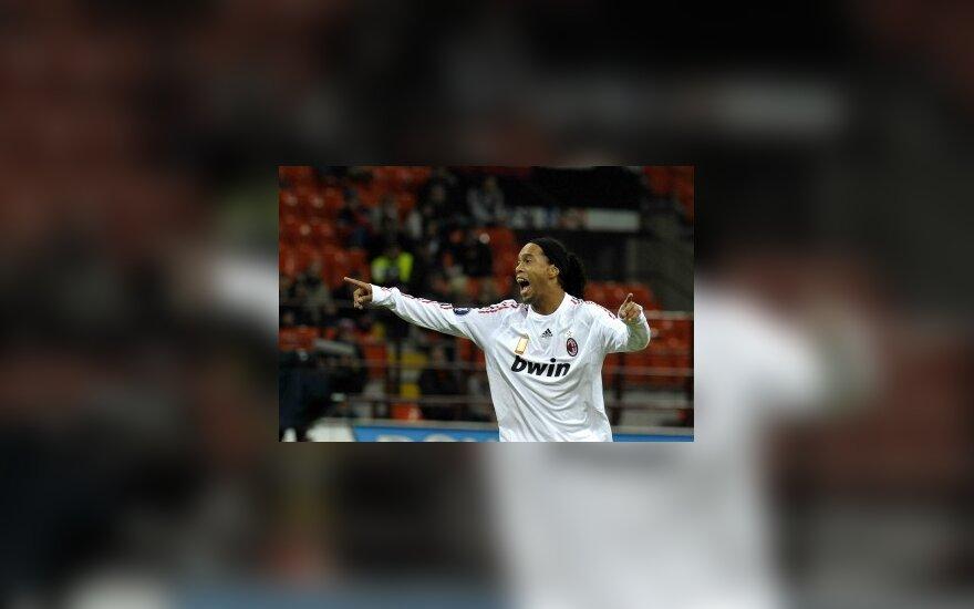 Ronaldinho: Milane jaučiuosi laimingas