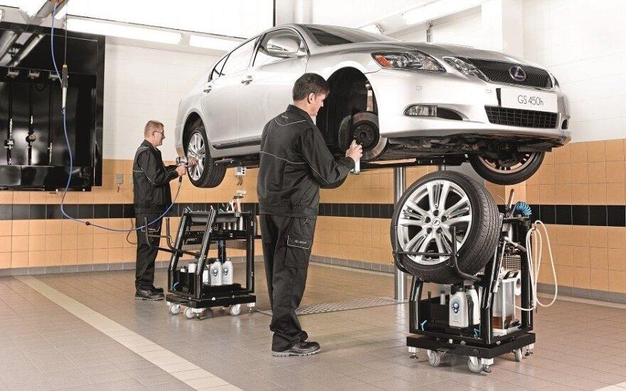 Automobilių servisas (asociatyvi nuotr.)