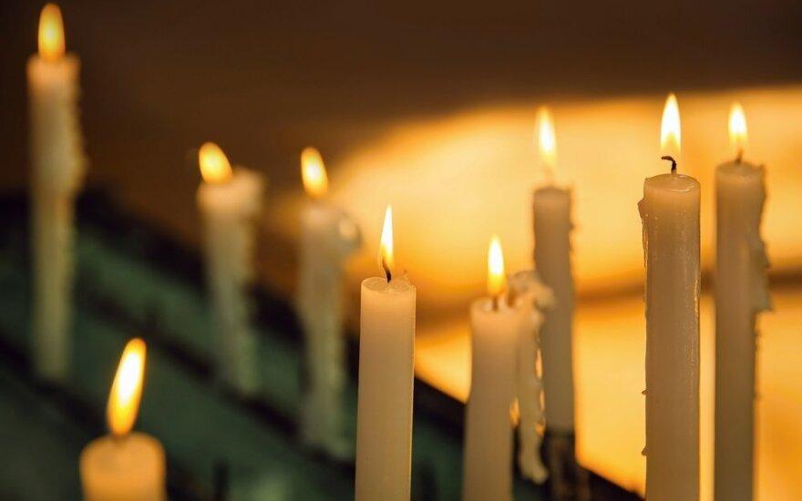 Šeimos drama Alytuje: po žmonos savižudybės iš gyvenimo pasitraukė ir vyras