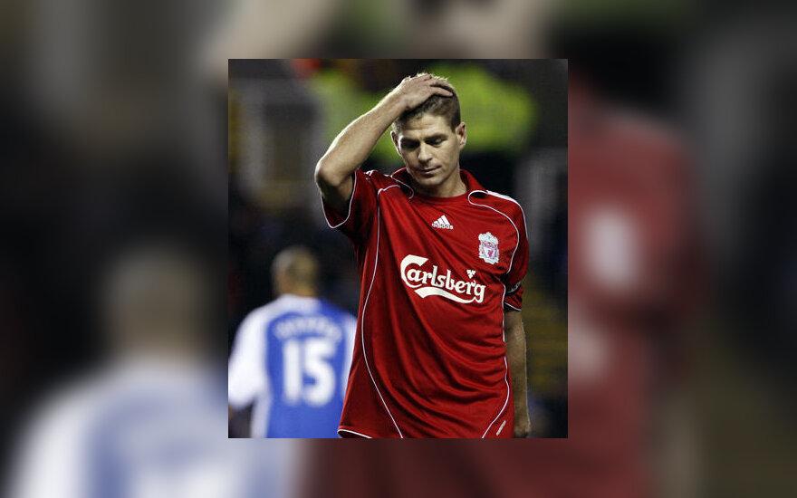 "Stevenas Gerrardas (""Liverpool"")"