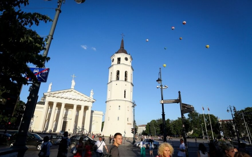 Lithuanian hotels expect additional profit from papal visit - media