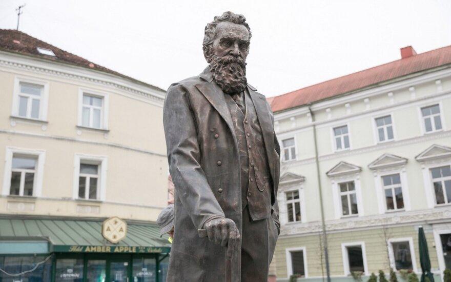 J. Basanavičius monument