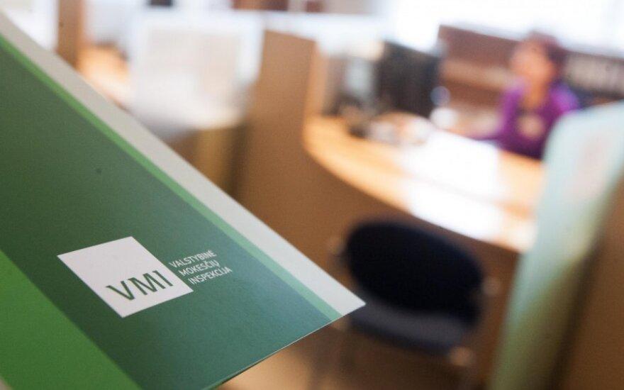 Iš mokesčių inspektorių - raginimas darbdaviams nepramiegoti gruodžio 31 d.