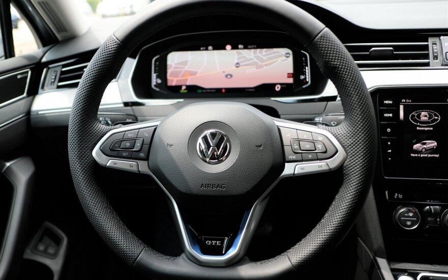 "Atnaujintas ""Volkswagen Passat"": ar atsiras alternatyva?"