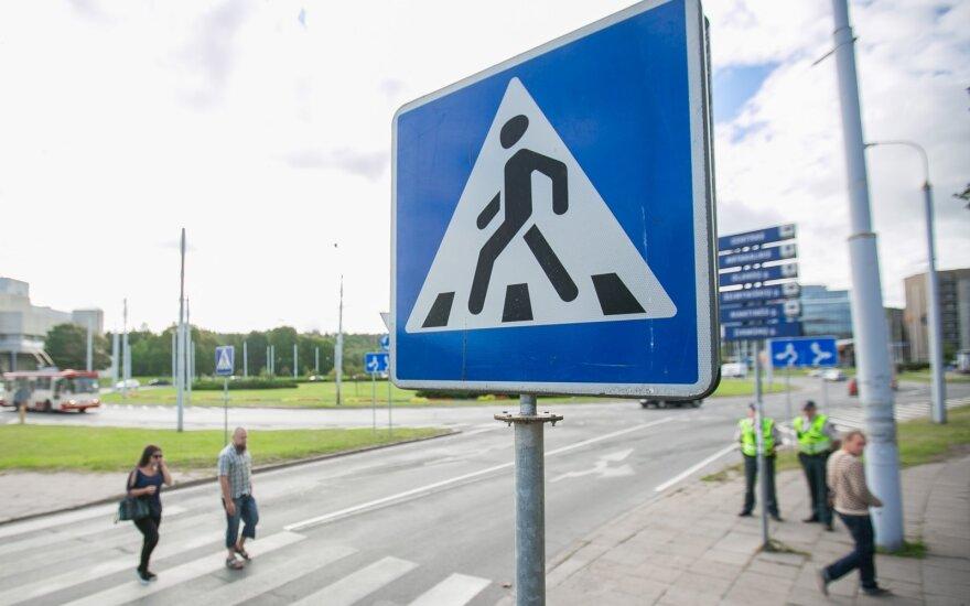 Įvertino pėsčiųjų elgesį Baltijos šalyse: lietuviai dar turi kur pasitempti