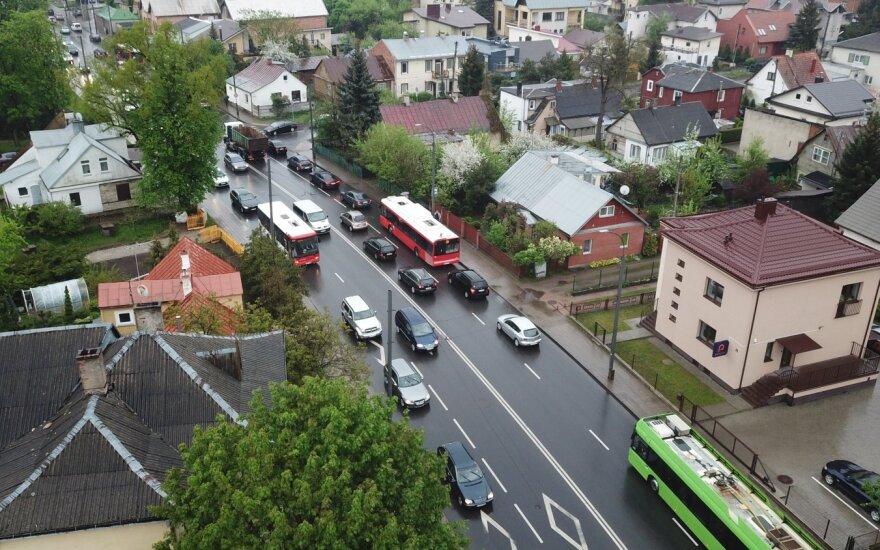 Iki rudens remontui uždarius svarbų transporto mazgą Kaune pasikeitė eismo sąlygos
