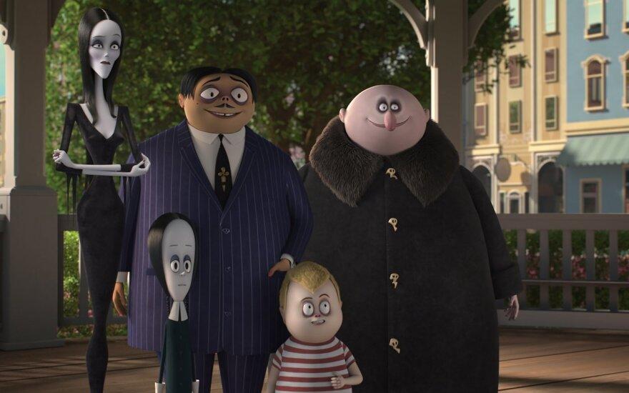 Filmas Adamsų šeimynėlė