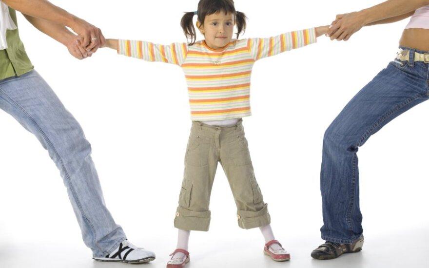 Vaikų auginimas po skyrybų - bobų reikalas?