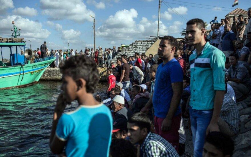 Italija ir Malta atsisakė priimti laivą su 629 migrantais