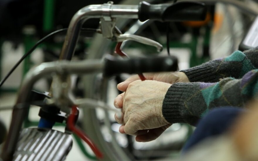 Eksperimentas: išsėtinę sklerozę galima visiškai išgydyti