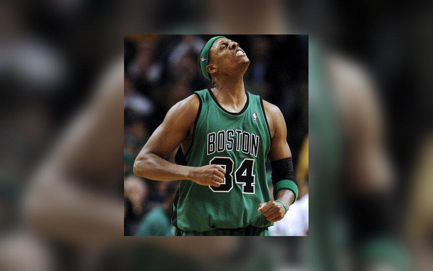 "Paulas Pierce'as (""Celtics"")"