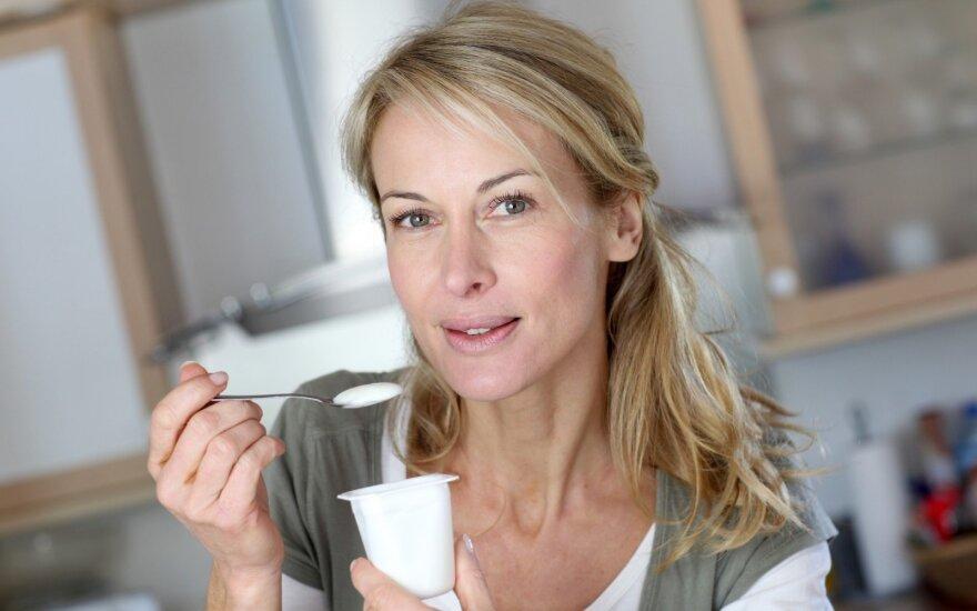 Taisyklės, kaip sveikai maitintis po 50-ies